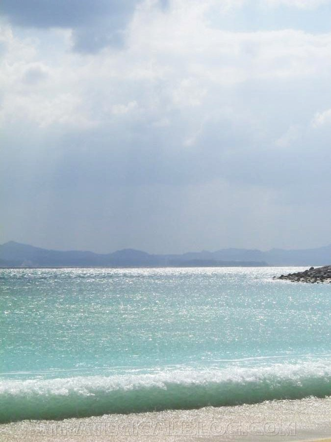 Nago Crystal Blue Water Beach Okinawa Japan (2)
