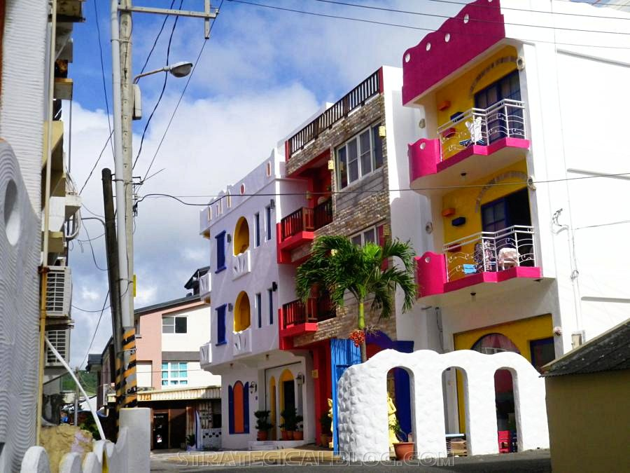 Kenting colorful houses (1)