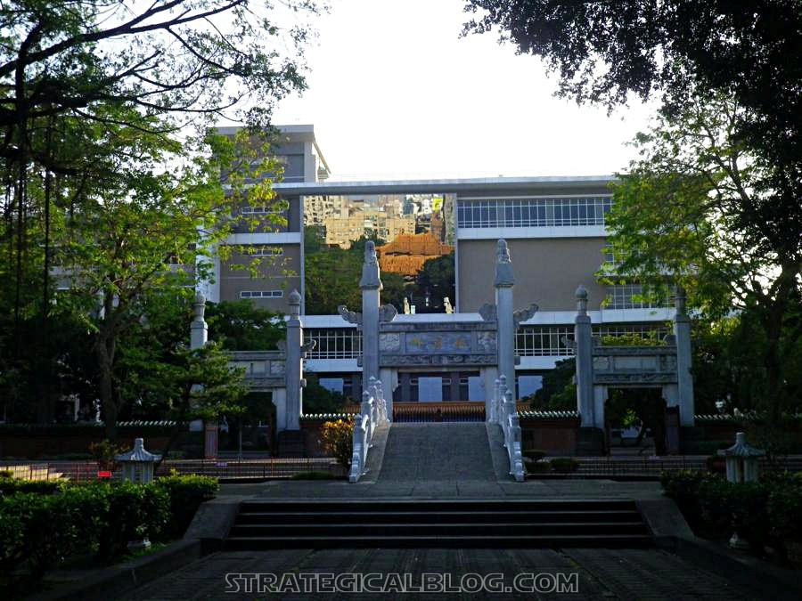 ConfuciusTemple Martyr's Shrine - Taichung (22)
