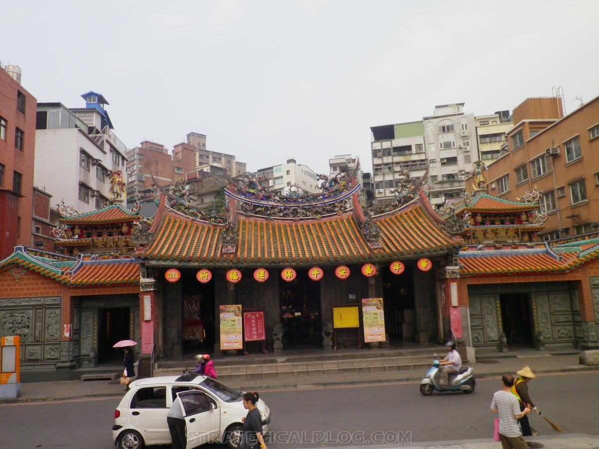 taipei ugly streets tamsui (14)