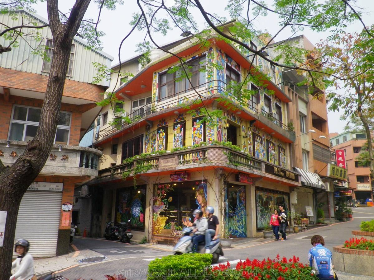taipei ugly streets tamsui (3)