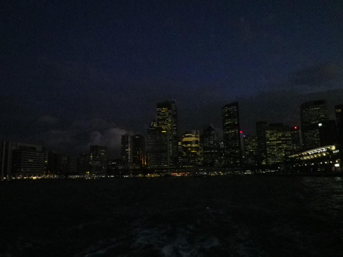 Sydney by night (5)