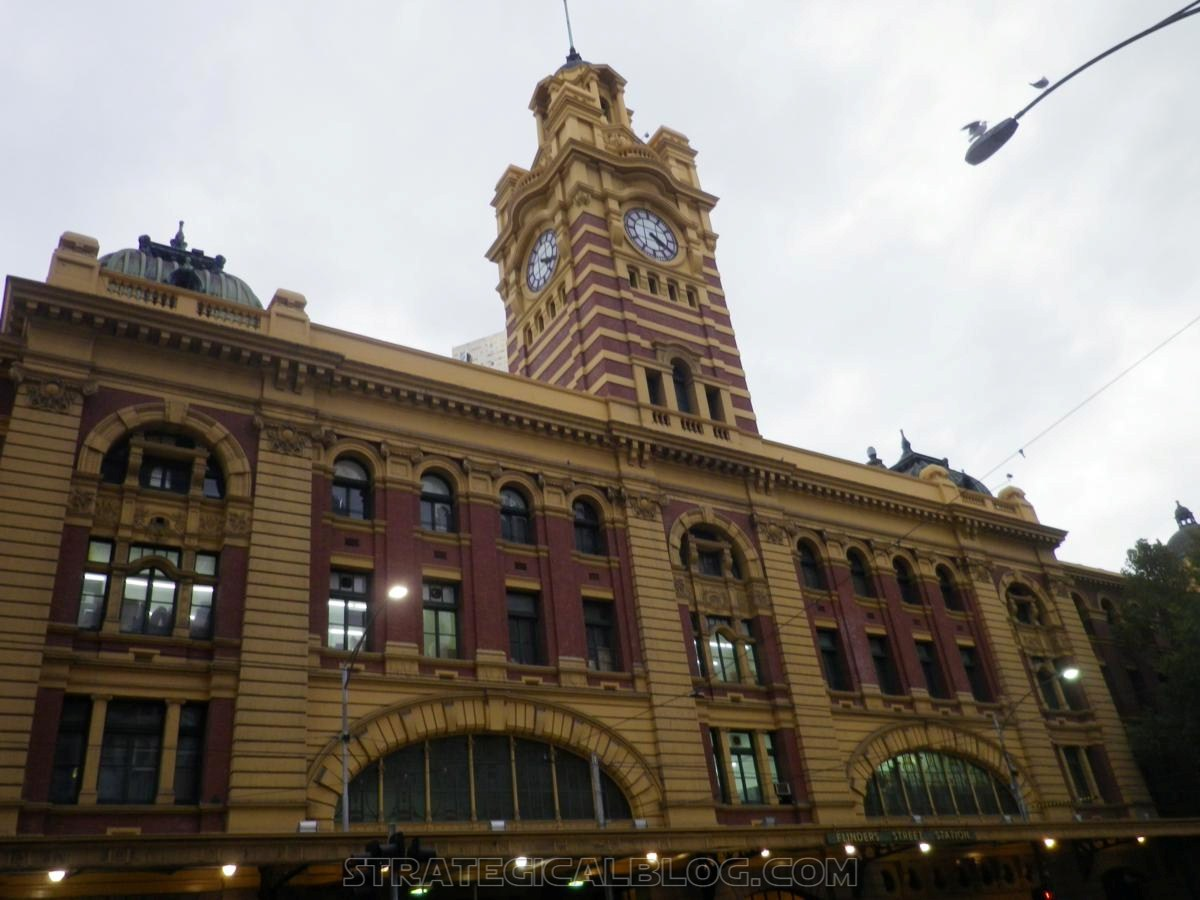 melbourne flinder station