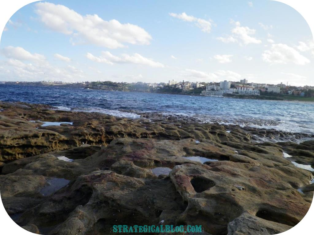 10 places to see in sydney australia bondi (2)
