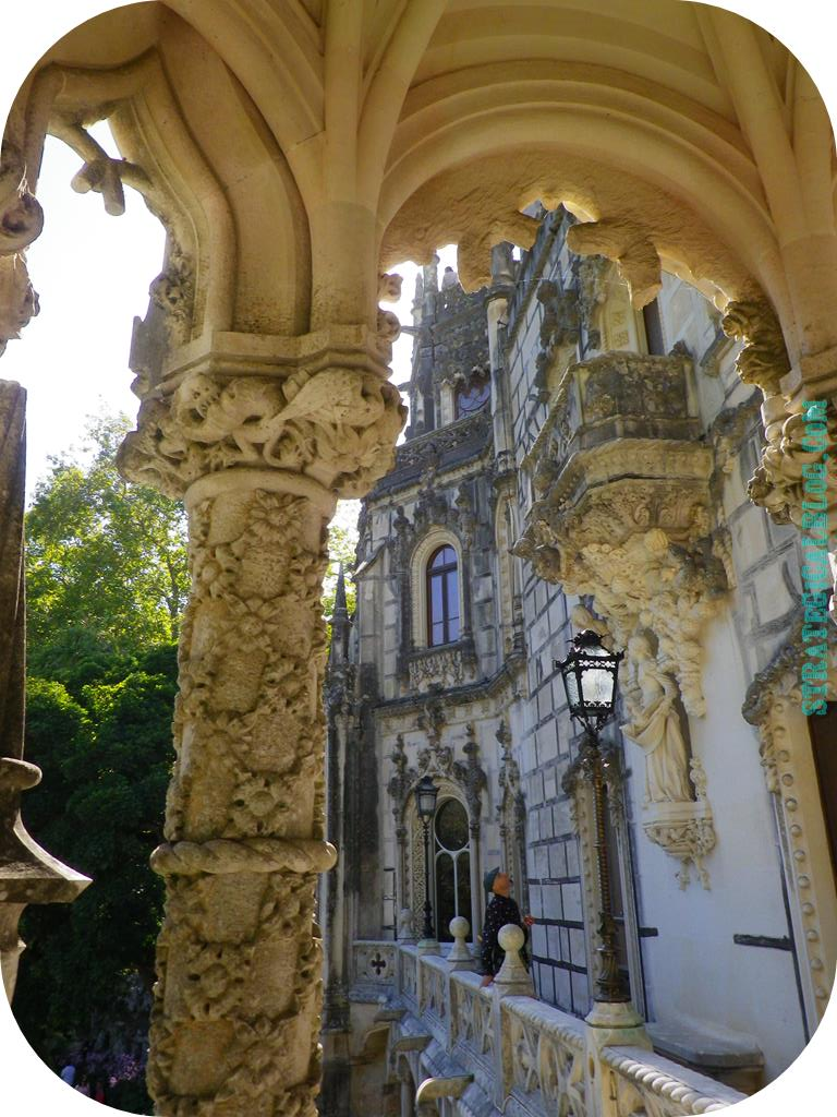inside castle sintra regaleira (7)