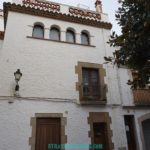 tossa-del-mar-streets-spanish-house