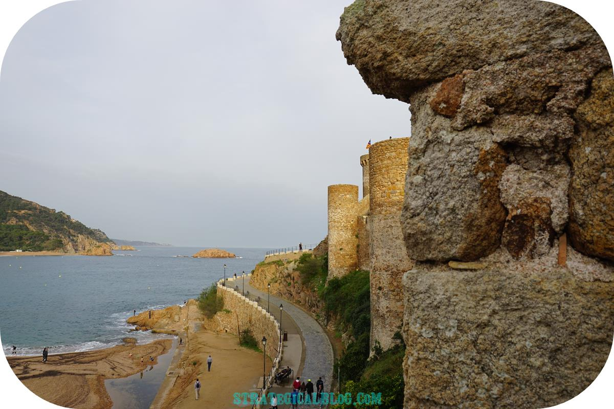view-tossa-mar-castle-10