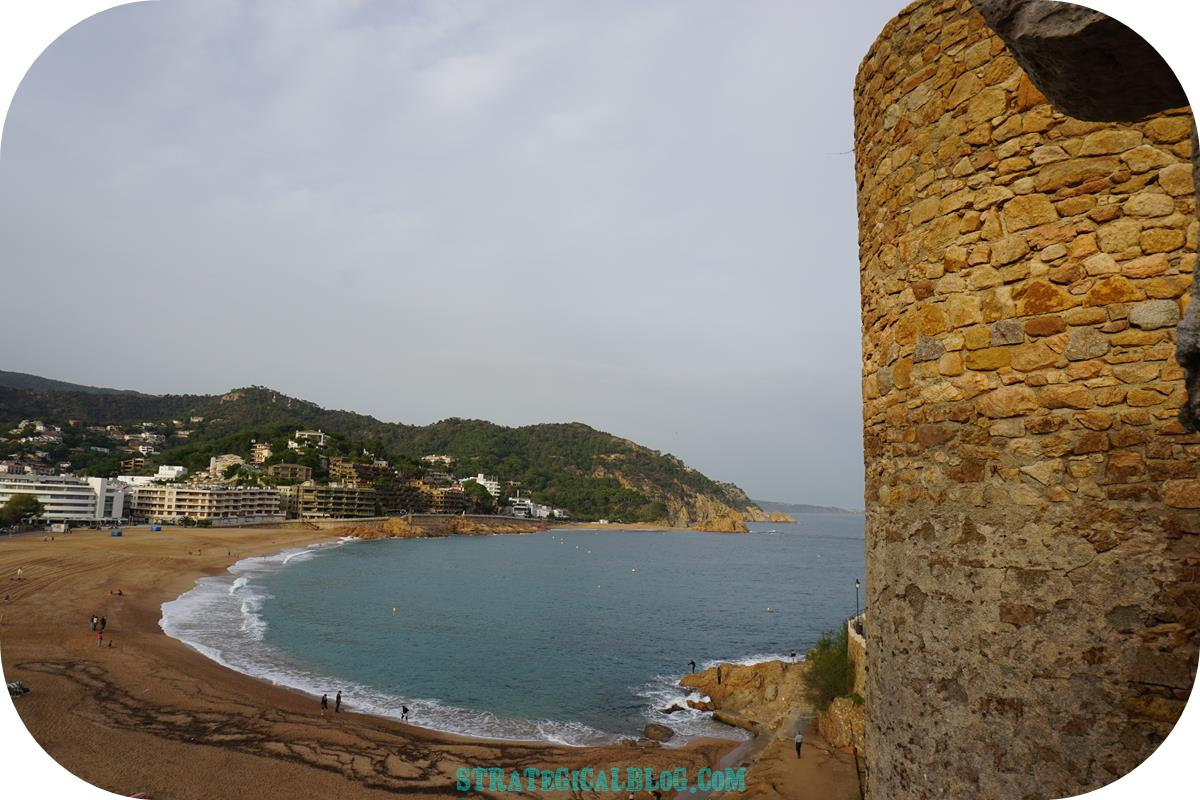 view-tossa-mar-castle-11