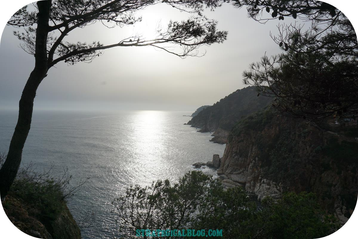 view-tossa-mar-castle-back-1